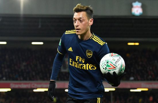 Jamie Carragher tells Unai Emery he MUST play Mesut Ozil in best Arsenal XI